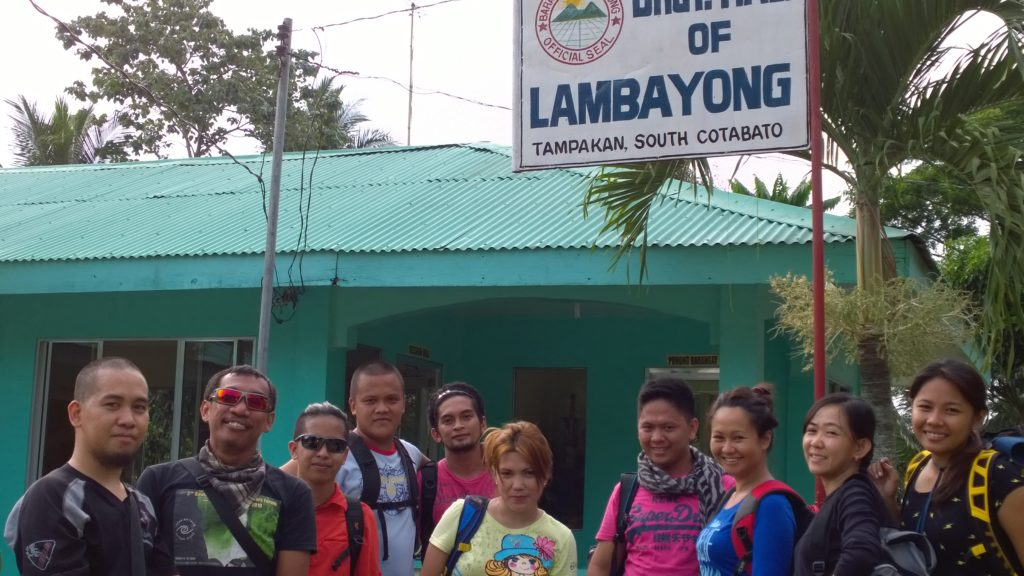 Smiles that conquered the mountain of Susong Dalaga